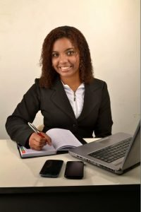 affiliate-marketing-in-nigeria-woman-868534_1920